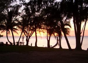 08 may 07 beach saipan.JPG